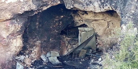 5. Régimen semiabierto a uno de los menores implicados en incendio de una cueva de Almería por incumplir sentencia