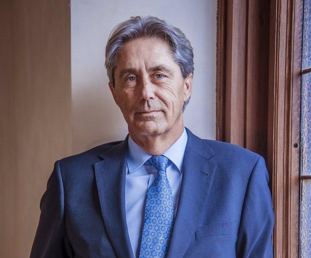 José Vicente Saz Pérez, futuro rector de la Universidad de Alcalá