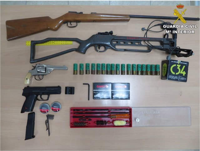 Armas incautadas por la Guardia Civil en El Campello