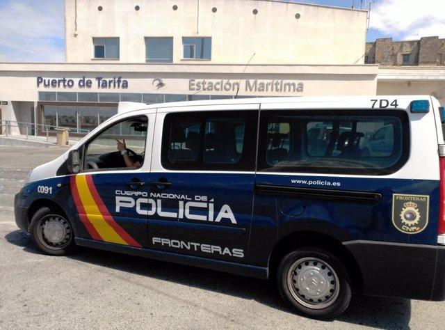 Policía Nacional en el Puerto de Tarifa (Cádiz)