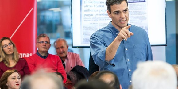 5. Sánchez reprocha al Gobierno que pida ahorrar para pensiones mientras aprueba amnistías para blanquear dinero