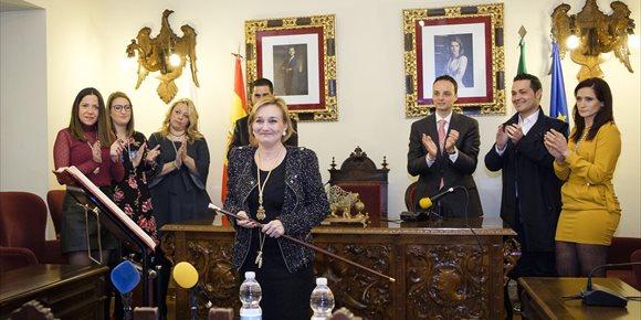 3. María José Ayuso (PSOE), elegida alcaldesa de Aguilar (Córdoba) tras la renuncia de Francisco Juan Martín