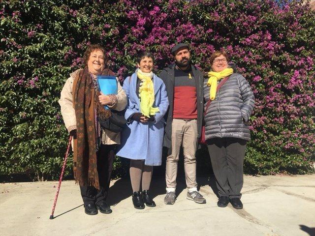 Marcel Mauri junto a las expresidentas y la presidenta de Òmnium en Sabadell