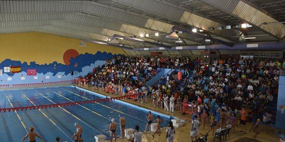 8. Más de 600 niños participan en el Campeonato Regional de Natación de invierno que se celebra en Toledo