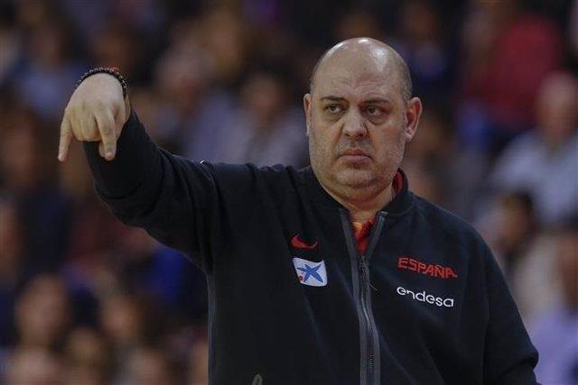 El seleccionador español de baloncesto femenino, Lucas Mondelo