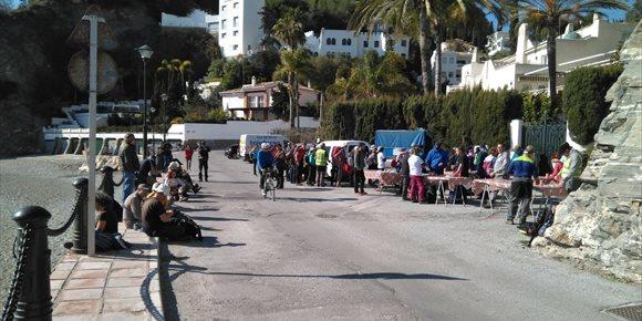 7. La marcha de la 'Desbandá' llega a Almuñécar (Granada) con la participación de casi un centenar de personas