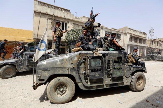 Efectivos de la Policía iraquí durante la ofensiva sobre Mosul