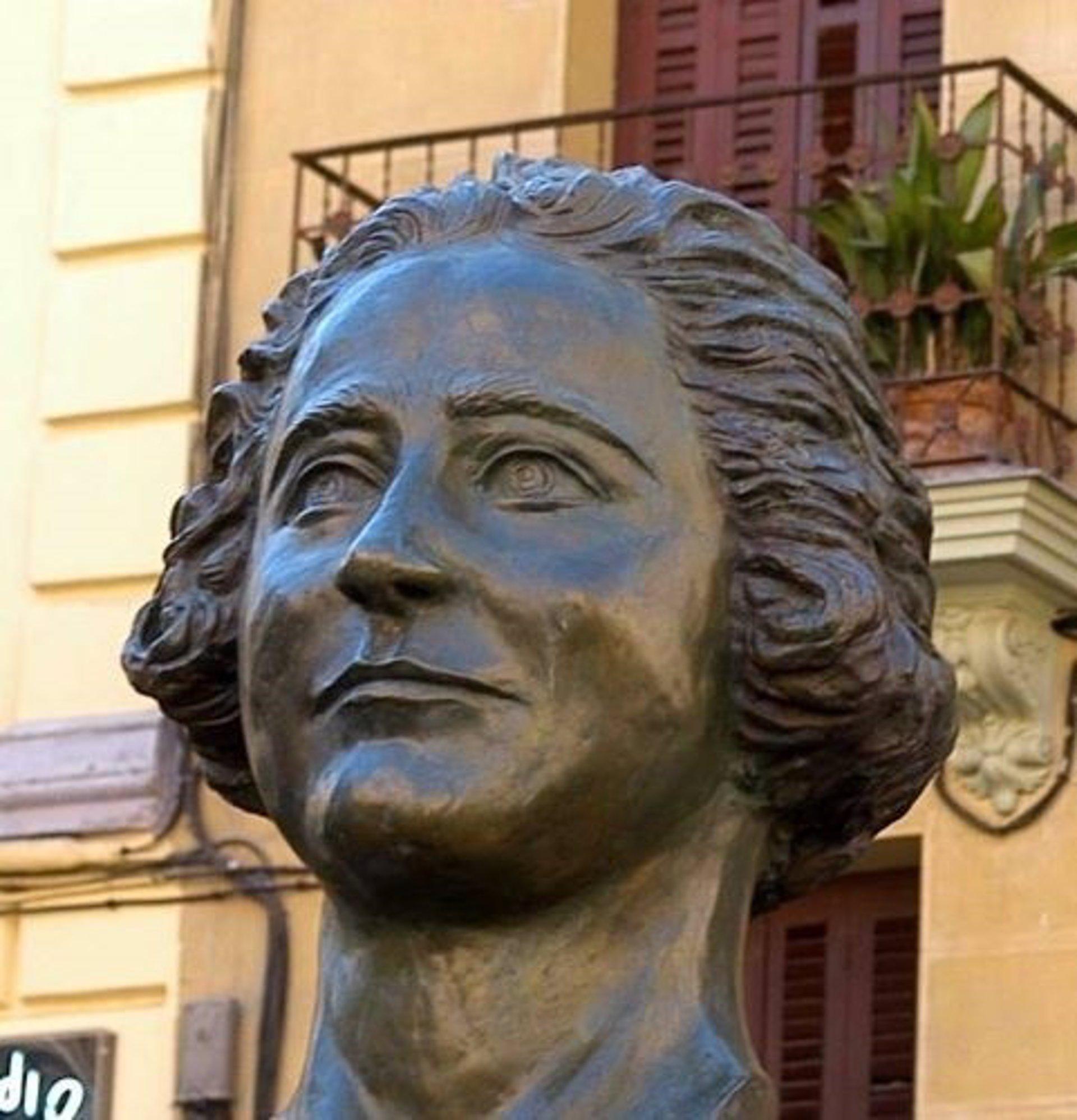 b42277d33 Clara Campoamor será homenajeada este lunes con una ofrenda floral frente a  su busto y una conferencia en Conde Duque
