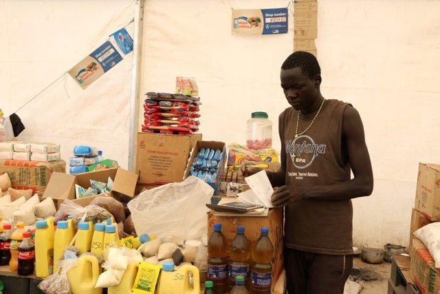 Una tienda para comprar con la ayuda del PMA en Kenia
