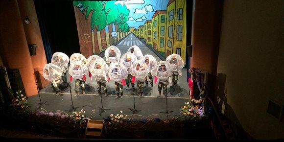 8. La final del concurso de agrupaciones da paso al carnaval de calle en Alcalá de Guadaíra (Sevilla)