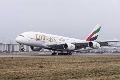 Emirates firma con Airbus la compra de 36 aviones A380 por valor de 13.034 millones