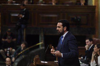 Íñigo Alli pide perdón por ausencias en plenos del Congreso, que explica por conciliación familiar y formación