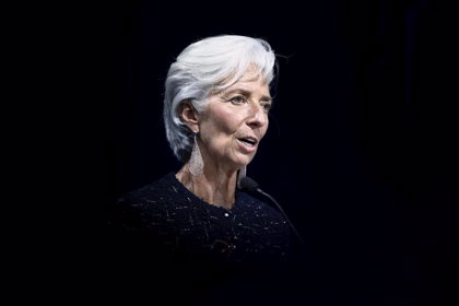 """Lagarde (FMI) afirma que las recientes caídas de las bolsas son una """"corrección bienvenida"""""""