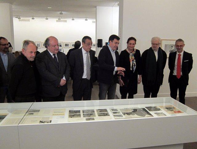 Inauguración De La Exposición Sobre La Fotografía