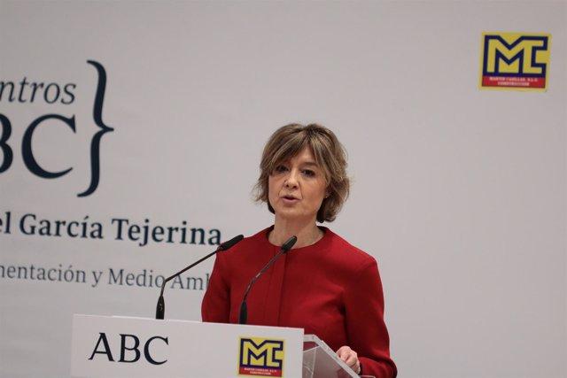 La ministra de Agricultura y Pesca,, Isabel García Tejerina