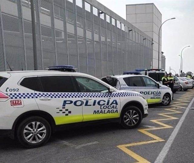 Coche policía local málaga vehículo policial control