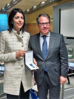 Anna González recibe la Medalla al Mérito de la Seguridad Vial