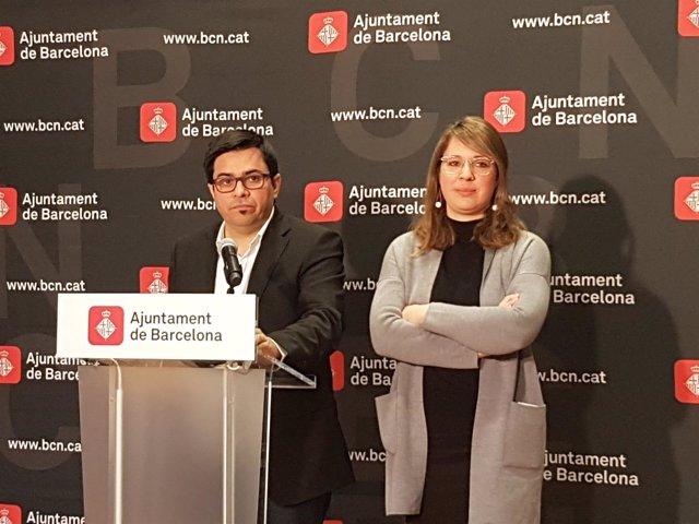 Los tenientes de alcalde de Barcelona Gerardo Pisarello y Janet Sanz
