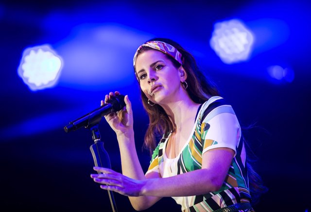 Lana Del Rey performs during BBC Radio 1's Big Weekend at Burton Constable Hall,