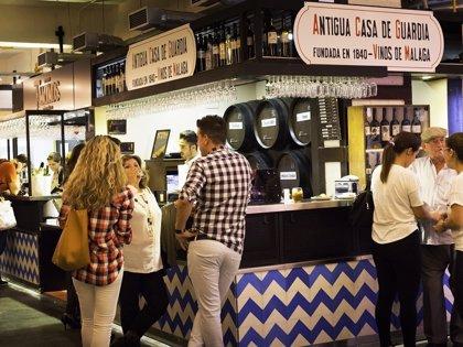 Turismo.- Uno de cada cinco ocupados de la provincia de Málaga trabajó en el sector turístico en 2017