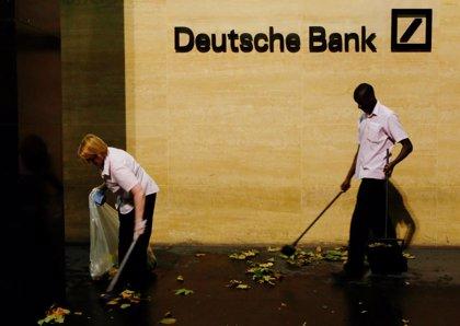 Deutsche Bank devolverá 3 millones a clientes para liquidar una disputa relacionada con títulos hipotecarios