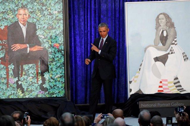 Retratos del expresidente estadounidense Barack Obama y su mujer