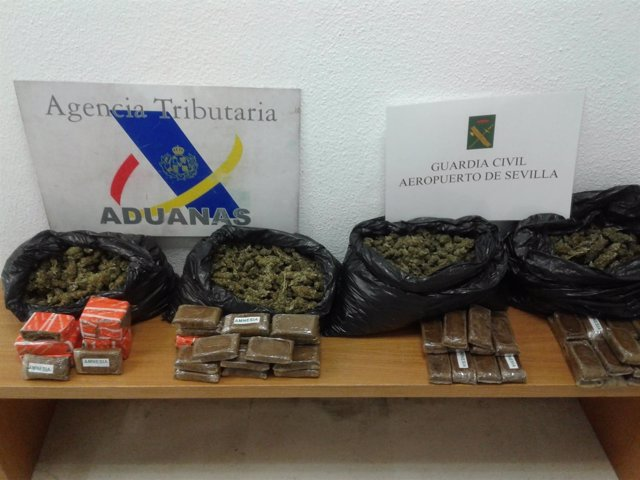 Nota De Prensa Y Fotografias Guardia Civil Agencia Tributaria