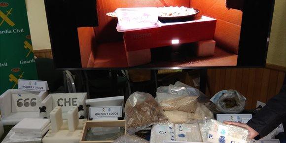 10. Desmantelan un laboratorio de cocaína en un chalé de Riba-roja e intervienen 12 kilos