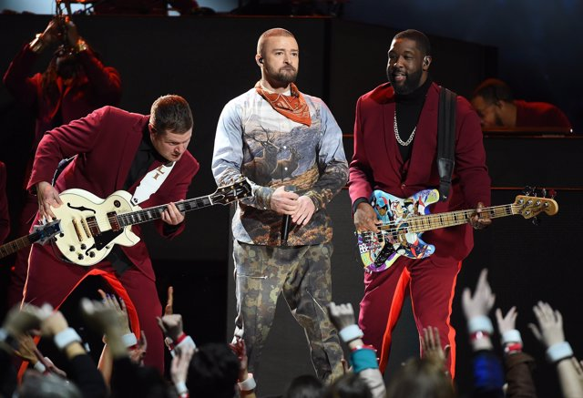 MINNEAPOLIS, MN - FEBRUARY 4: Justin Timberlake performs on the Pepsi Super Bowl