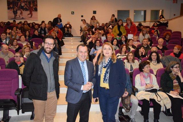 Ruiz Espejo y Gonzalez reunión subvenciones proyectos sociales