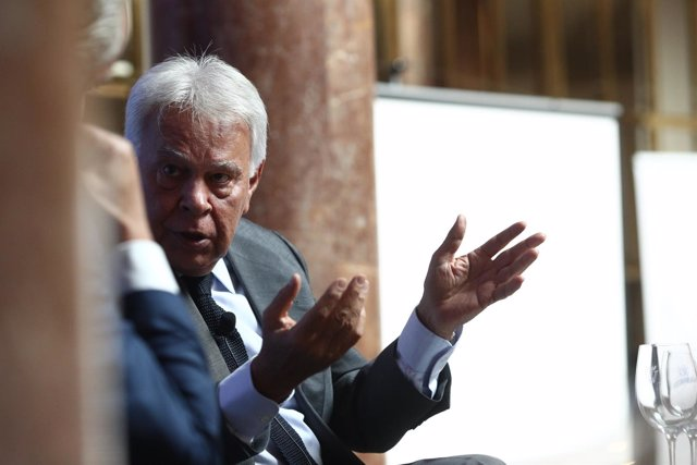 Felipe González en la II Asamblea Madrid Foro Empresarial