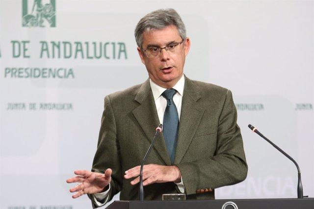 El portavoz de la Junta, Juan Carlos Blanco, en rueda de prensa