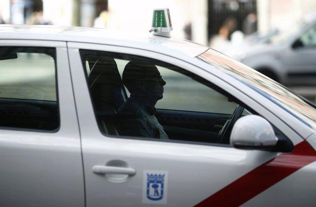 Tráfico, circulación, coche, coches, taxi, taxis