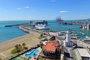 Foto: Cruceros y graneles sólidos copan casi la mitad de los ingresos por explotación del Puerto de Málaga en 2017