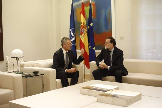 Rajoy recibe en Moncloa al secretario general de la OTAN, Jens Stoltenberg