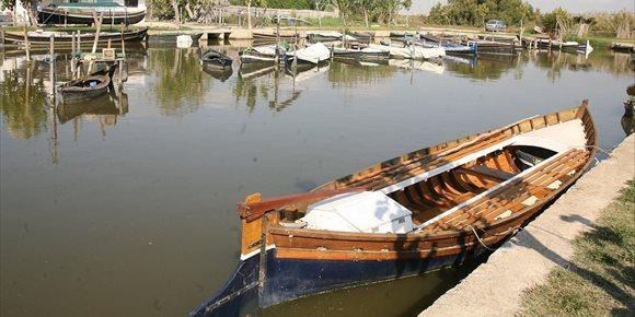 9. El Consell fija las bases del régimen de desagüe del lago de l'Albufera y su comunicación con el mar