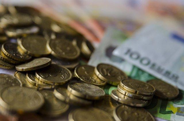 Monedes, moneda, bitllet. Bitllets, euro , euros, capital, efectiu, metàl·lic