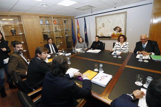 Alfonso Reyes en la reunión en el CSD