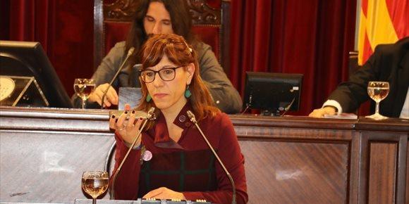 9. El pleno del Parlament condena las declaraciones de Rajoy sobre la brecha salarial