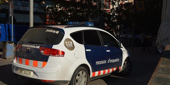 5. Cinco detenidos por robar jamones en una empresa de productos gourmet de Lleida