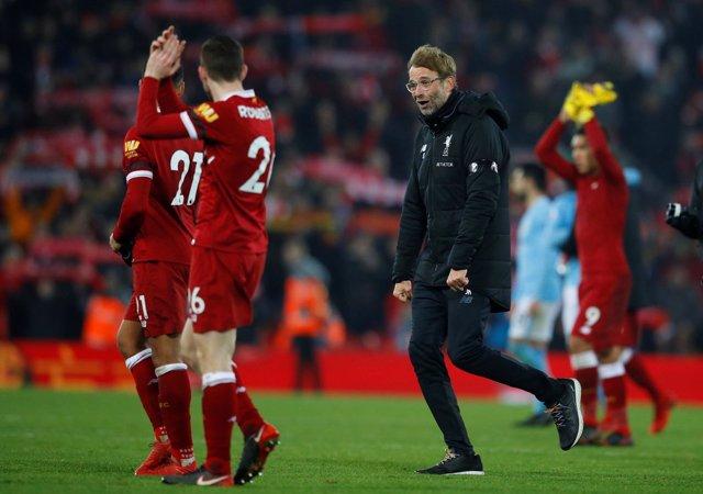 Liverpool supera al Manchester City