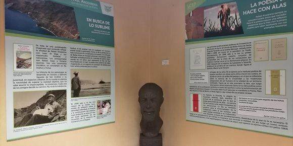 1. La Real Sociedad Económica de Amigos del País de Tenerife acoge una exposición sobre la obra de Rafael Arozarena