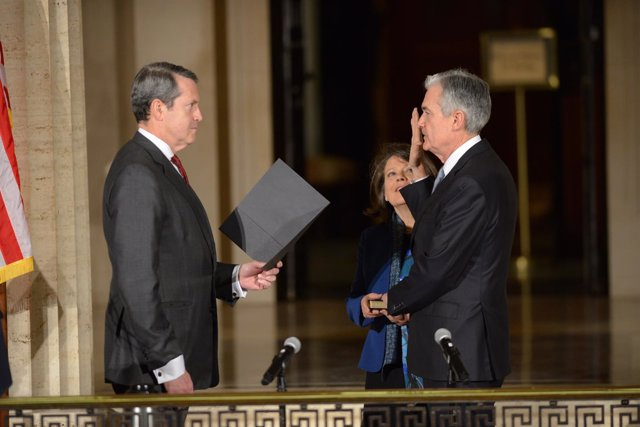 Vice Chairman for Supervision Randal K. Quarles swears in Chairman Powell