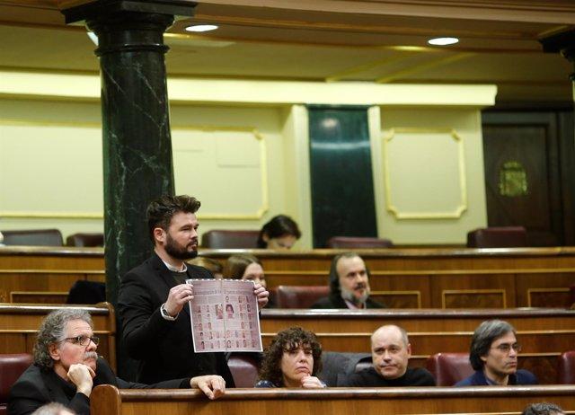 Gabriel Rufián y los diputados de Esquerra