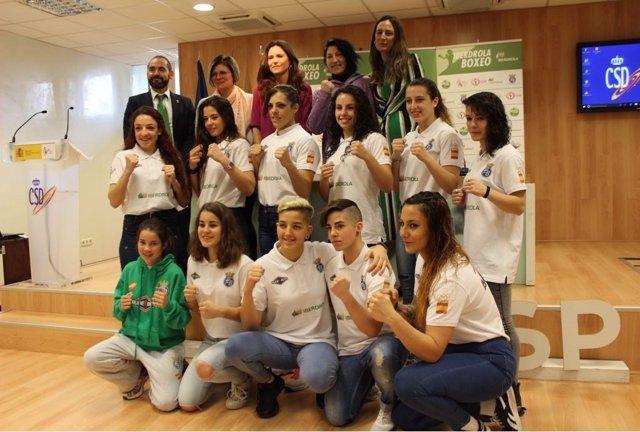 Presentación del equipo femenino de boxeo en el CSD