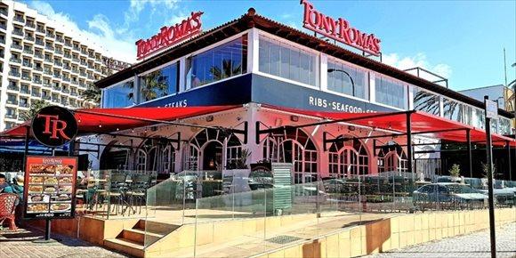 6. Tony Roma's abre su mayor restaurante del mundo en Tenerife