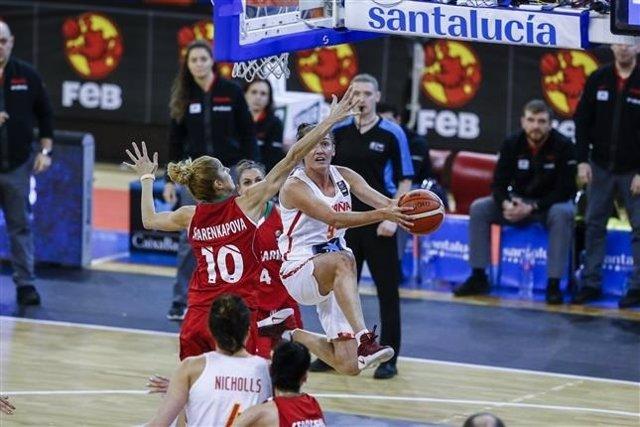 Laia Palau en un partido con la selección española