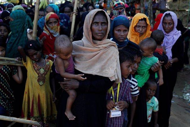 Mujeres rohingya refugiadas en Bangladesh