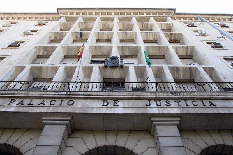 Un juez de Sevilla reconoce el derecho de españoles a la reagrupación familiar de ciudadanos no comunitarios