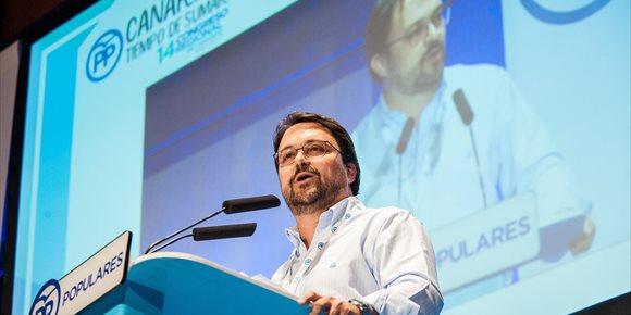 5. Antona (PP) admite que la discrepancia en el REF está en incluir o no el 75% de ayuda al transporte en Canarias